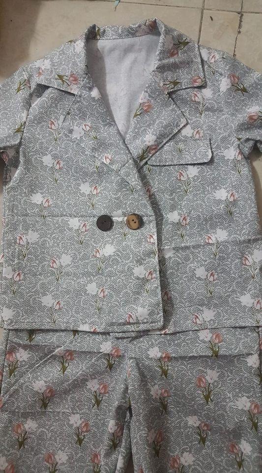 30046 - Áo cổ vest nút đôi + Short xếp ly / Đào Đức