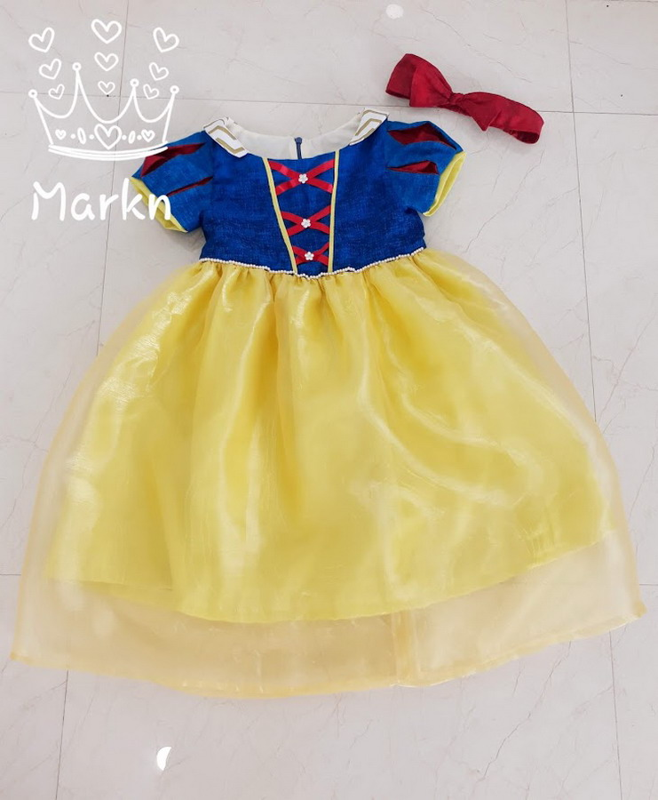 FC002 Snow White Casual / Mark Nguyen