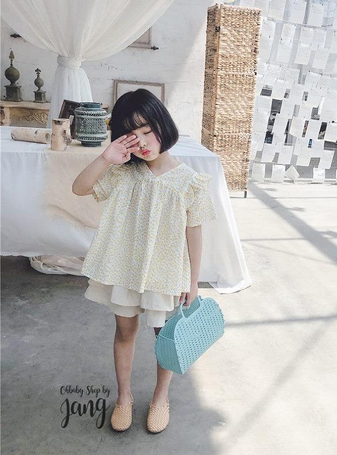 KR052 - Bộ Cổ V form rộng mix quần váy (27-08-2019)