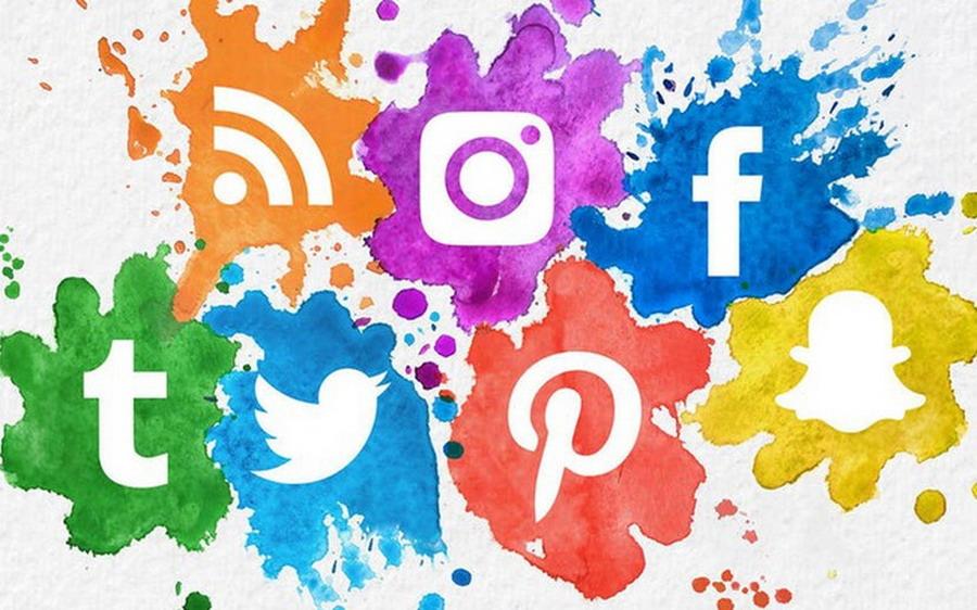 Chúng tôi trên các Mạng xã hội